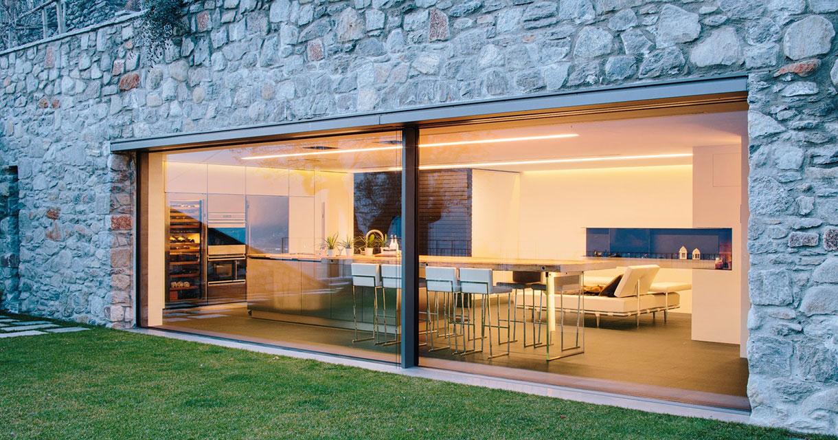 Choisir une baie vitrée pour un look maison d'architeccte